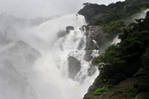 dudhsagar-Water-Falls-Goa